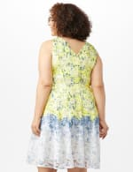 Sleeveless Round Neck Ombre Floral Print Lace Dress - Yellow/Blue - Back