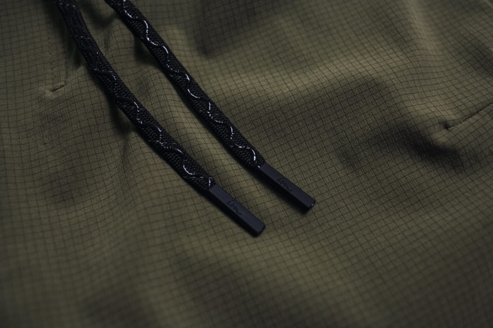 Gel Coated Drawstrings + Reflective yarns