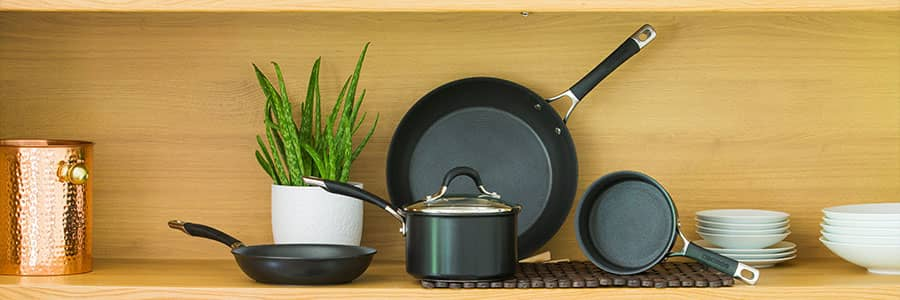Circulon Momentum cookware with patented hi-low groove non-stick technology