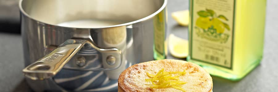 Whether you're looking for the best saucepans for induction hobs, or non-stick milk pans, browse the Anolon range today.