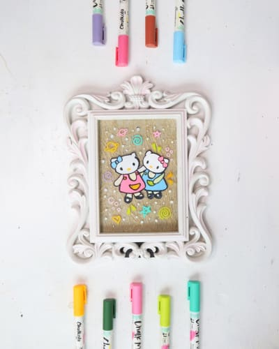 DIY Hello Kitty Frame Using Chalk Markers