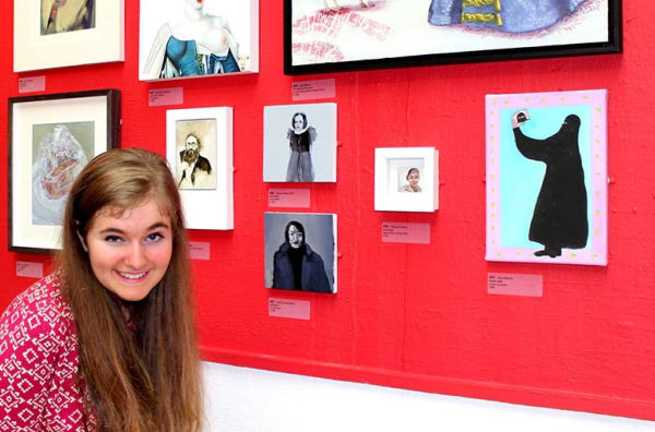Rhiannon Davies with her artwork