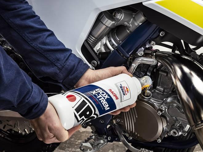 IPONE Box x-trem huile de boîte de vitesse pour moto