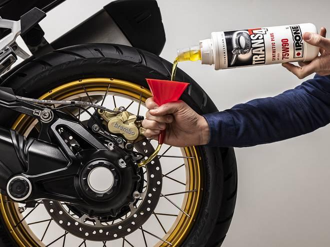 Trans 4 huile de transmission moto IPONE
