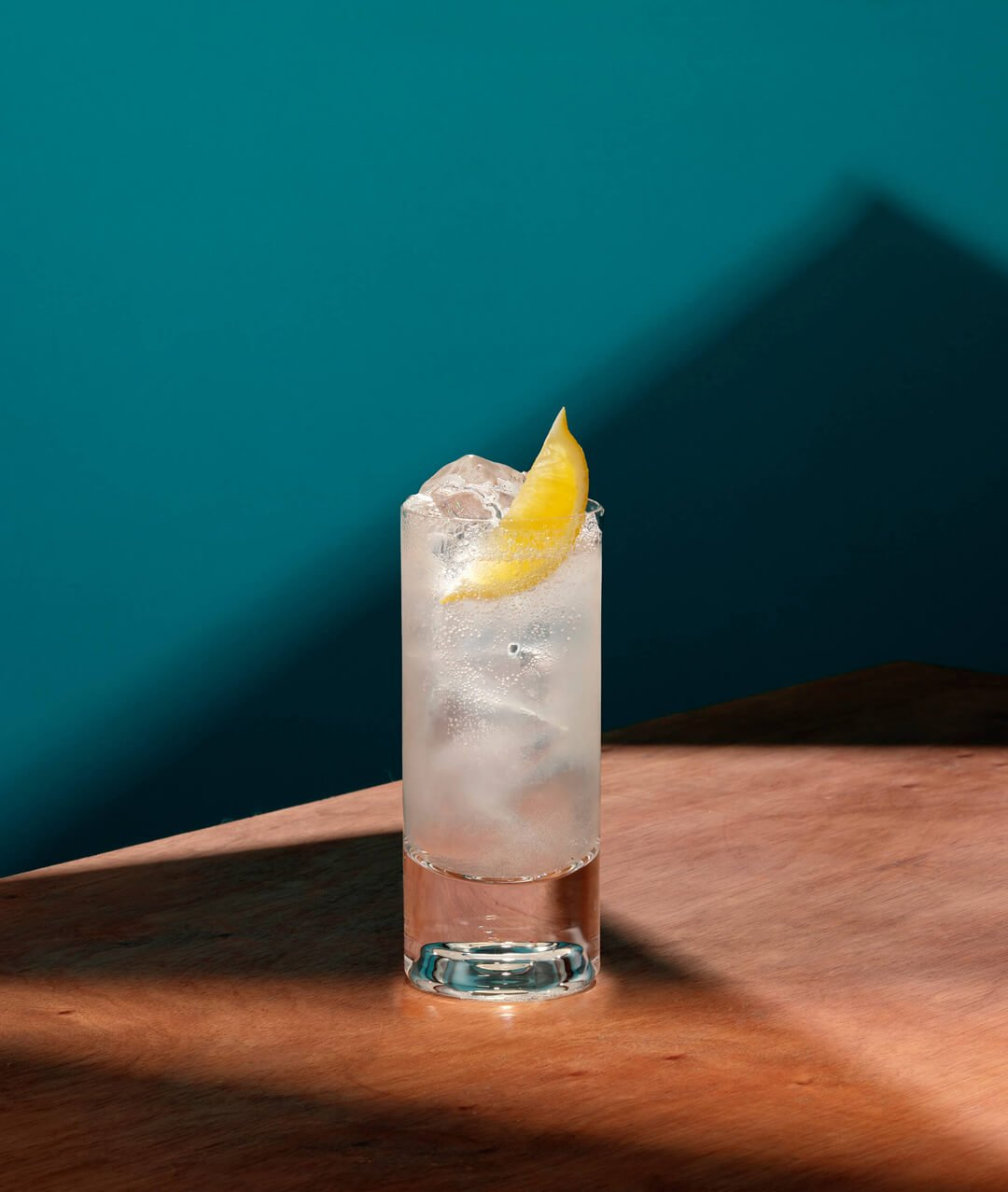 Botanical Dry Collins, an alcohol-free Tom Collins