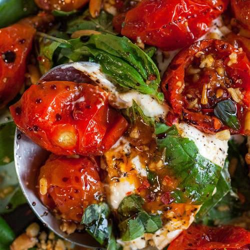 Tomato & burrata salad made with Sonoma Gourmet's basil parmesan olive oil