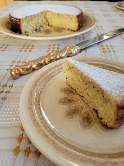 Lemon and Poppyseed Teacake with Extra Virgin Olive Oil
