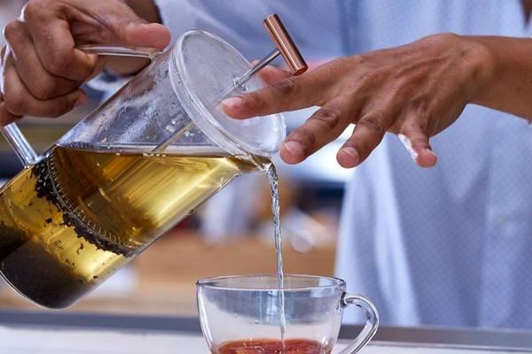 Entertaining With Tea