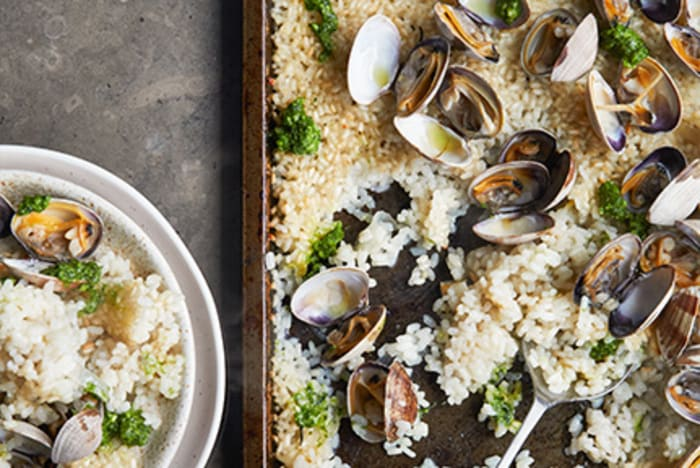 Dry Rice with Clams & Hazelnuts recipe image