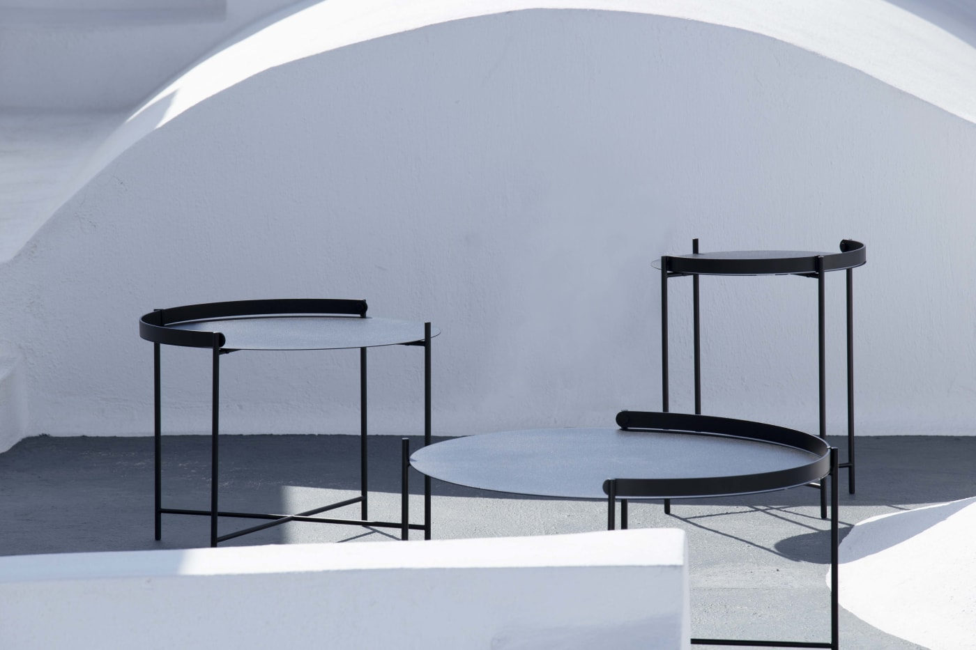 Edge Tray Table - Black Large