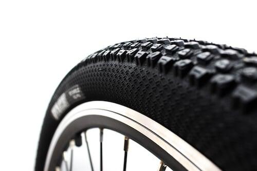 Bafang-Front-Hub-Motor-Kit-puncture resistant-tire_BafangUSAdirect_Ebike_Essentials