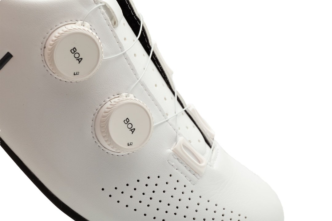 EXCEED Shoes / White