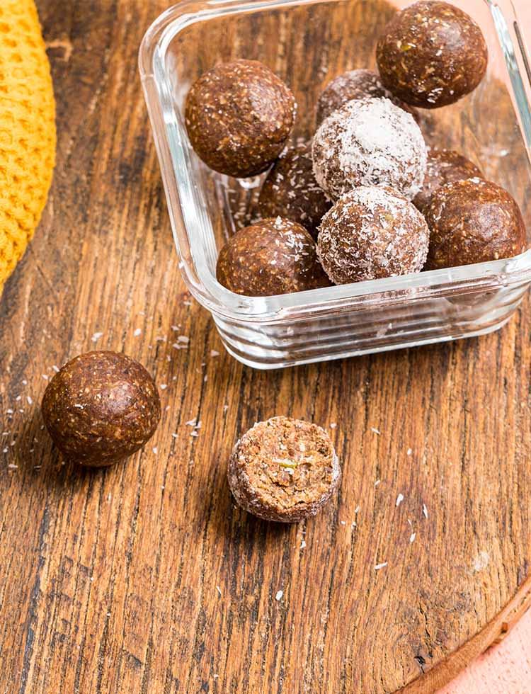 Spiced Apple Pie Snack Ball Mix Multipack