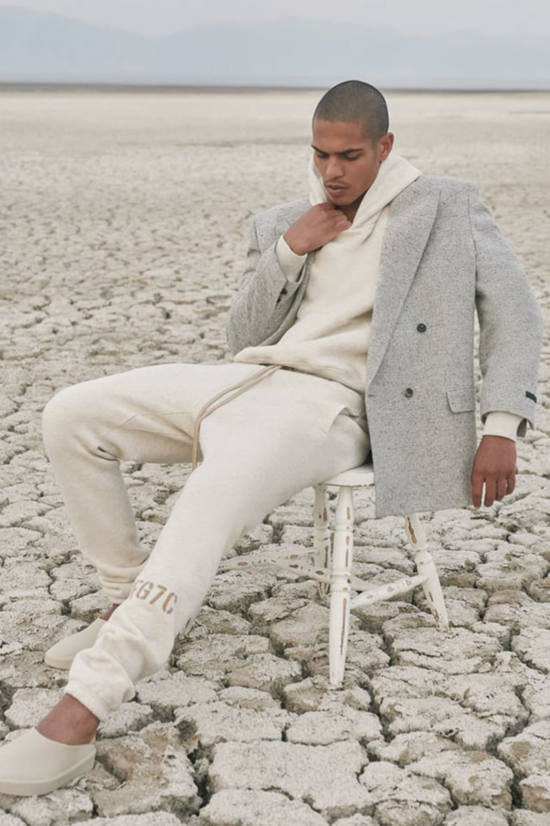 Seventh Collection Fall/Winter 2021 Campaign Look 07