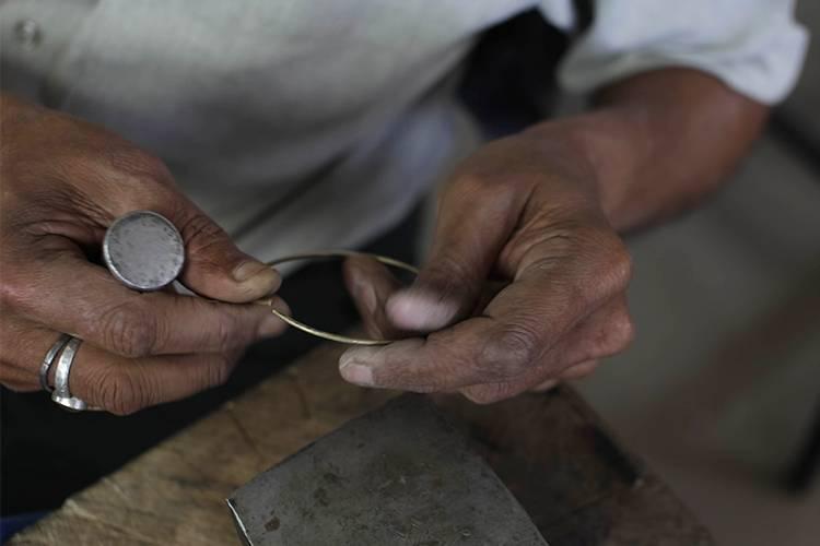 Jewellery Making_750x500.jpg