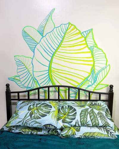 Decorate your wall with chalk markers